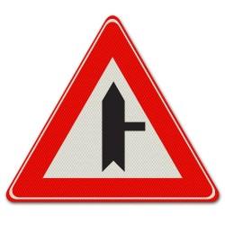 Verkeersbord B05 – Voorrangskruispunt zijweg rechts